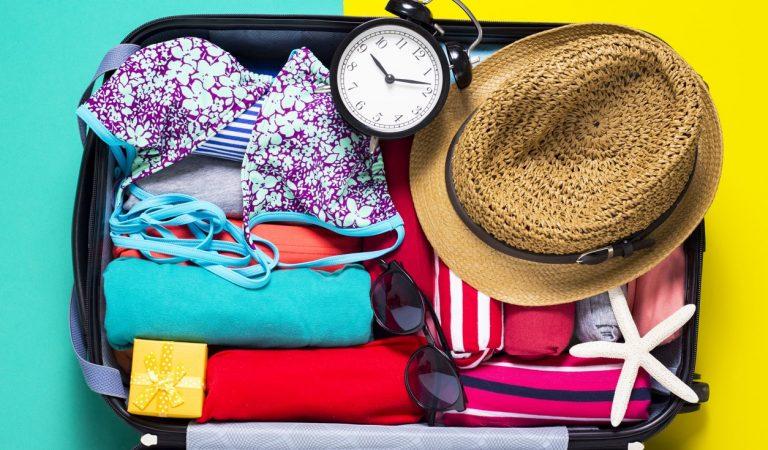 Seyahat Ederken Yanında Bulunması Gereken En Önemli 10 Eşya